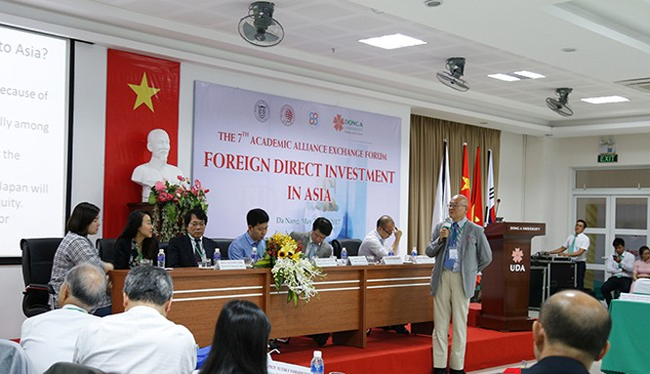 Các chuyên gia kinh tế Nhật Bản, Hàn Quốc và Trung Quốc đánh giá cao sức hấp dẫn của Việt Nam đối với các nhà đầu tư trên thế giới