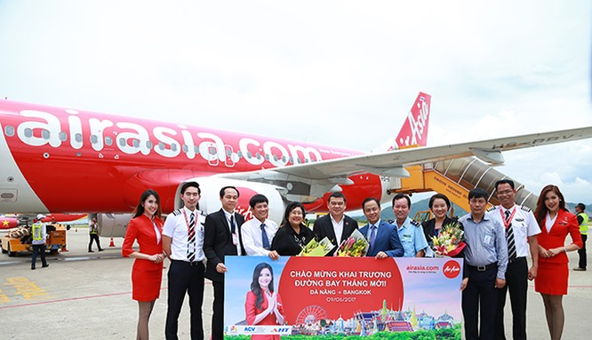 Ngày 9/6, Hãng hàng không giá rẻ AirAsia đã chính thức khai trương đường bay trực tiếp hàng ngày từ Đà Nẵng-Bangkok (Thái Lan) và ngược lại.