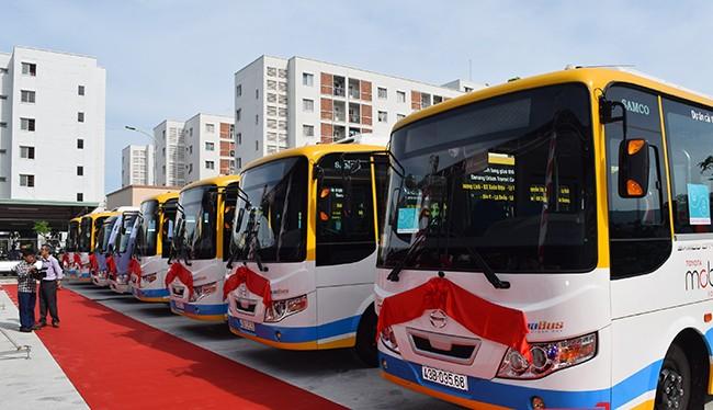 Ngày 30/6, UBND TP Đà Nẵng và Quỹ Toyota Mobilyty (TMF) chính thức đưa dịch vụ xe bus công cộng và Hệ thống bãi đỗ xe vào hoạt động và kết nối với hệ thống xe bus hiện có để phục vụ người dân.