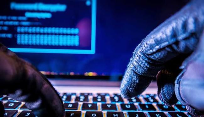 Để hạn chế tình trạng bị mất cắp tài khoản, người dùng chỉ nên sử dụng các phần mềm có bản quyền, hạn chế cài đặt các ứng dụng không rõ nguồn gốc