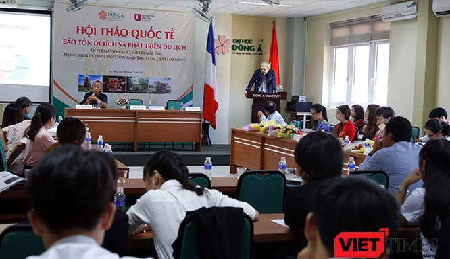 """Chuyên gia Pháp bàn về """"Bảo tồn di tích và phát triển du lịch"""" tại Đà Nẵng"""