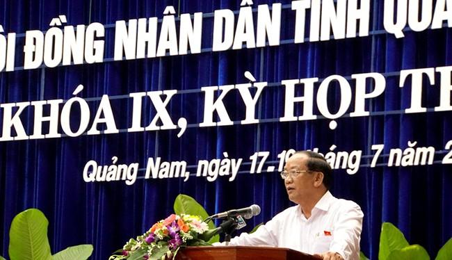 Chủ tịch UBND tỉnh Quảng Nam Đinh Văn Thu phát biểu tại Kỳ họp thứ 5, HĐND tỉnh Quảng Nam khoá IX nhiệm kỳ 2016-2021