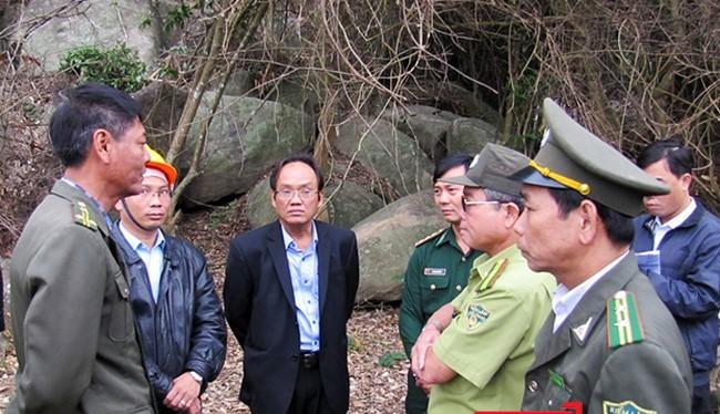 Một gia đình một kiểm lâm viên công tác tại Hạt Kiểm lâm liên quận Sơn Trà-Ngũ Hành Sơn (Đà Nẵng) bị 2 đối tượng uy hiếp, đe dọa tại nhà.