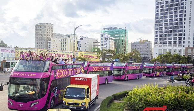 Tuyến xe buýt mui hở 02 tầng vận chuyển khách tham quan du lịch trên địa bàn TP Đà Nẵng trong ngày thử nghiệm