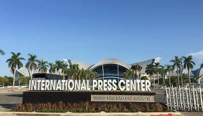 Sau 8 tháng thi công, Trung tâm Báo chí quốc tế tại Đà Nẵng phục vụ APEC 2017 đã hoàn thành và sẵn sàng đón nhà báo trong nước và quốc tế đến tác nghiệp.