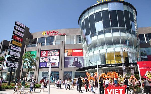 """Cơn lốc """"thời trang nhanh"""" tiếp tục đổ bộ vào Việt Nam và cuộc cạnh tranh giữa doanh nghiệp nội-ngoại tiếp tục khốc liệt"""