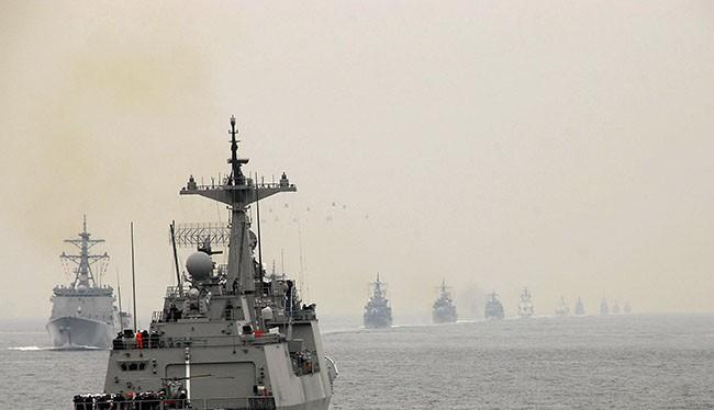Dự kiến đội tàu Hải quân Hàn Quốc gồm chiến hạm tên lửa ROKS Kang Gam Chan (DDH-979) và tàu hậu cần ROKS HWACHEON (AOE-59) sẽ đến thăm hữu nghị Đà Nẵng từ ngày 18/9 tới. (Ảnh Korea Navy)