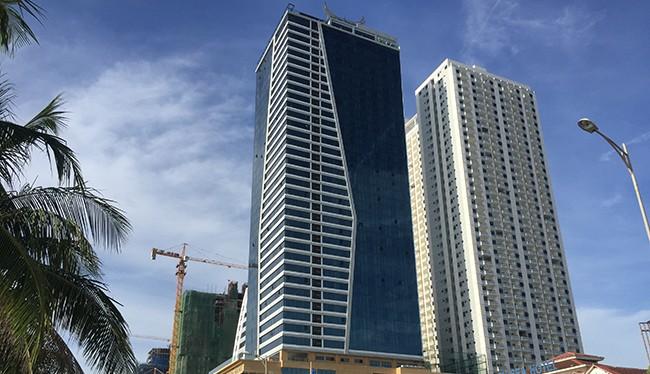 Tổ hợp khách sạn Mường Thanh và căn hộ cao cấp Sơn Trà thi công xây dựng sai phép, tự ý biến toàn bộ khu nhà giữ xe, nhà trẻ…thành 104 căn hộ để bán.