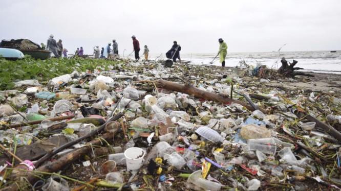 Đà Nẵng đang đối mặt với áp lực xử lý rác thải trên toàn TP
