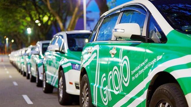 Taxi công nghệ GrabCar (ảnh Xuân Lan)