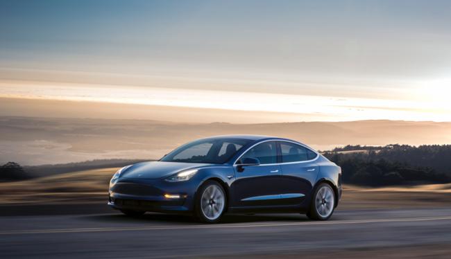 Tesla Model 3 (ảnh bmw blog)