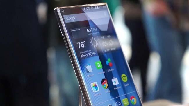Smartphone mới của Sharp