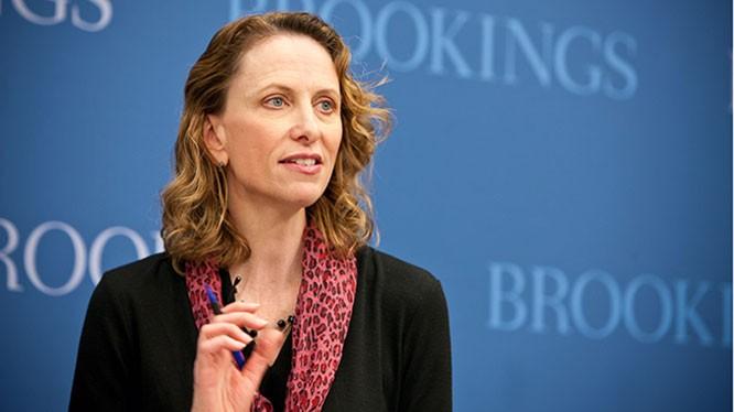 Giáo sư Karen Dynan, Đại học Harvard, nguyên Chuyên gia Kinh tế trưởng Bộ Tài chính Hoa Kỳ. Ảnh: Viện Brookings.