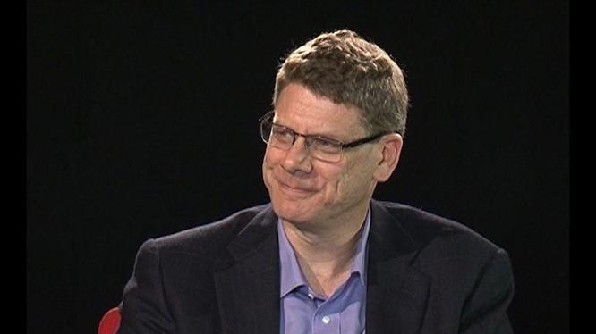 Tiến sĩ Jonathan Pincus là một nhà kinh tế học phát triển nổi tiếng chuyên về khu vực Đông Nam Á.