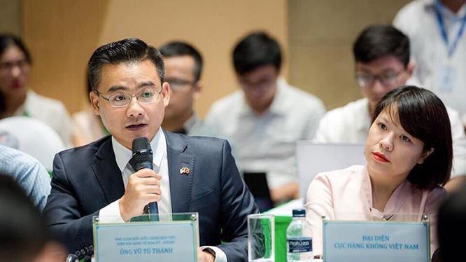Ông Vũ Tú Thành (Phó Giám đốc khu vực, Hội đồng Kinh doanh Mỹ - ASEAN), bên trái. Ảnh nhân vật cung cấp.