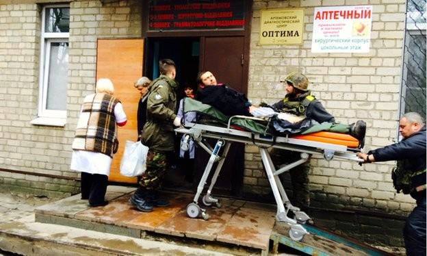 """Hàng ngàn lính Ukraine bị vây trong một """"nồi hơi"""" mới hình thành"""