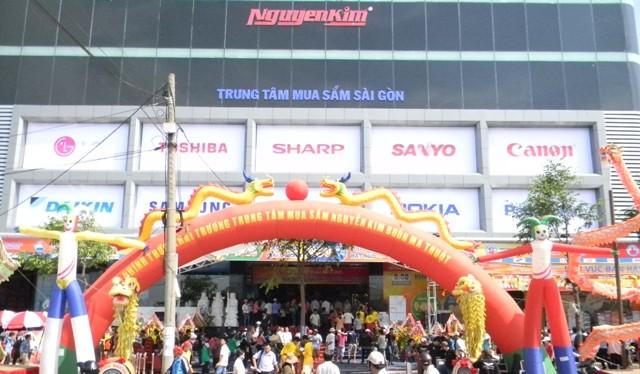 Nguyễn Kim đã có bàn tay của doanh nghiệp ngoại