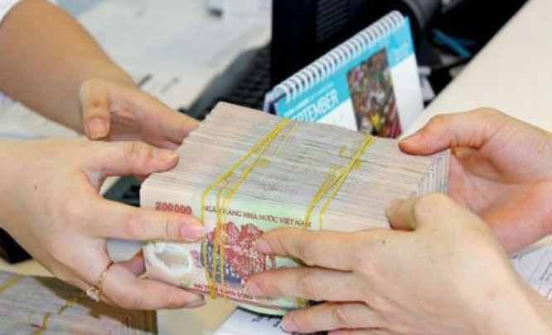 Thu nhập nhân viên ngân hàng vẫn là niềm mơ ước.