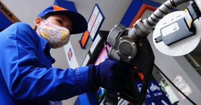 Giá xăng dầu sẽ tăng trong lần điều hành này? Ảnh: TL