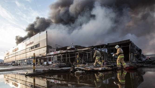 Vụ hỏa hoạn đã gây thiệt hại lớn cho tiểu thương người Việt kinh doanh tại đây