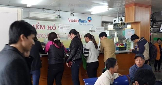 Bệnh nhân khám theo yêu cầu tại Khoa Khám bệnh của BV Bạch Mai phải làm thẻ ATM của Ngân hàng VietinBank thì mới được khám