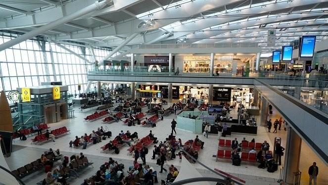 Sân bay Tân Sơn Nhất - Ảnh minh họa