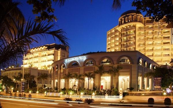 Khách sạn Phương Đông về tay đại gia điếu cày