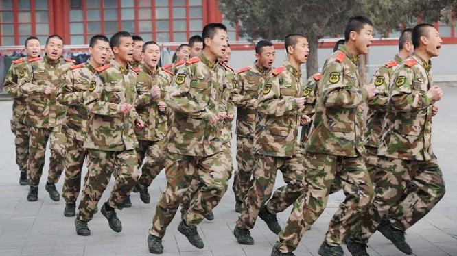 Trung Quốc liên tục tăng chi tiêu quốc phòng hai con số trong hơn suốt thời gianqua
