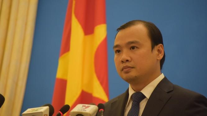 Người phát ngôn Bộ Ngoại giao Lê Hải Bình: TQ phải hủy bỏ ngay hành động sai trái.