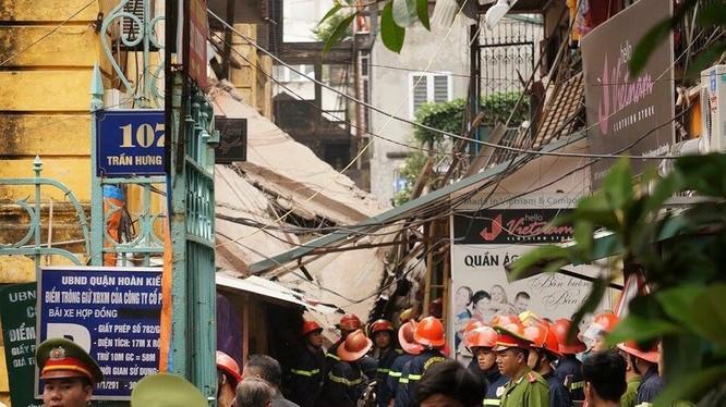 Nguyên nhân vụ sập khu biệt thự Pháp cổ số 107 phố Trần Hưng Đạo đang được điều tra, làm rõ