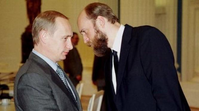Ông Putin và doanh nhân Pugachev thời kỳ nồng ấm