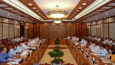 Tập thể Bộ Chính trị đã làm việc với Ban Thường vụ Thành ủy Hà Nội.