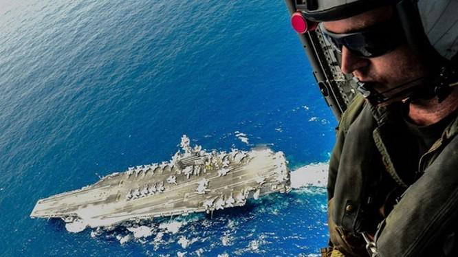 Tàu sân bay USS Ronald Reagan thuộc Hạm đội 3 của Hải quân Mỹ được điều sang hỗ trợ Hạm đội 7- Ảnh: AFP