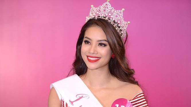 Người đẹp Phạm Thị Hương