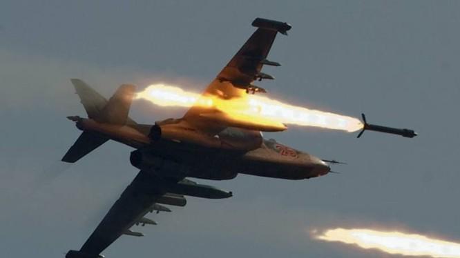 Chiến đấu cơ Nga tấn công mục tiêu trên chiến trường Syria