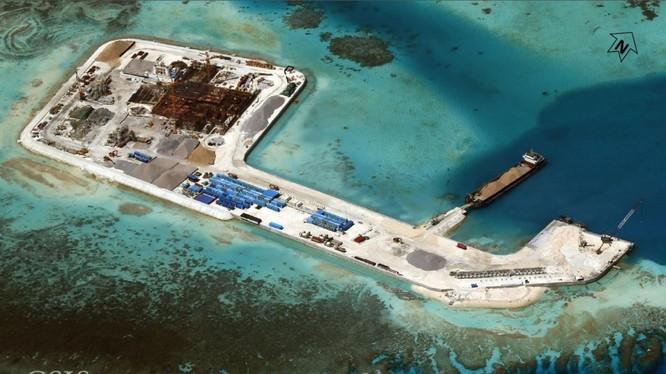 Đảo nhân tạo Trung Quốc xây dựng trái phép ở Trường Sa