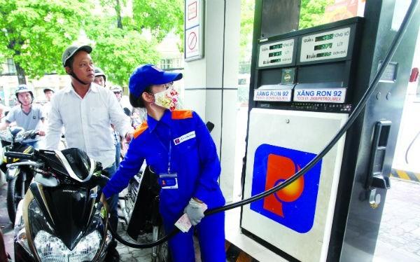 ừ 15g chiều, giá các loại xăng dầu giảm