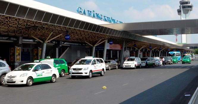 Sân bay Tân Sơn Nhất đang bị mang nhiều tiếng xấu