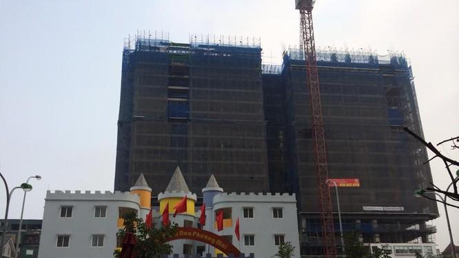 Tòa nhà 8B Lê Trực gây bức xúc dư luận