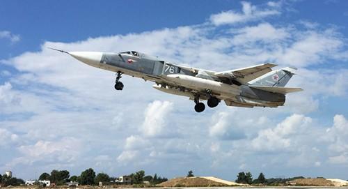 Chiến đấu cơ Nga tham gia không kích IS ở Syria. Ảnh: Sputnik