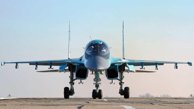 """Chiến đấu cơ Su34 """"thú mỏ vịt"""" của Nga đang tác chiến tại chiến trường Syria"""