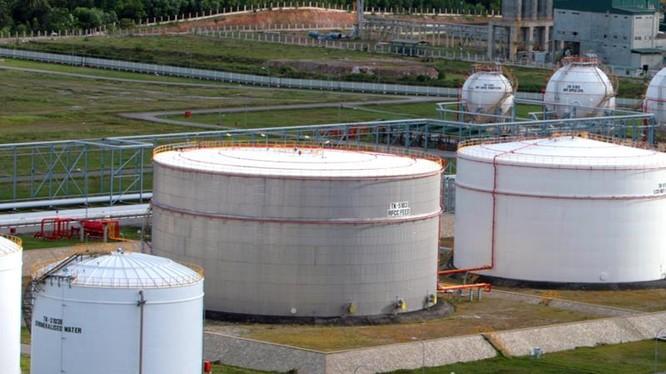 Tháng 12/2015, dự kiến NMLD Dung Quất sẽ sản xuất khoảng 620.000 – 630.000 m3 xăng dầu