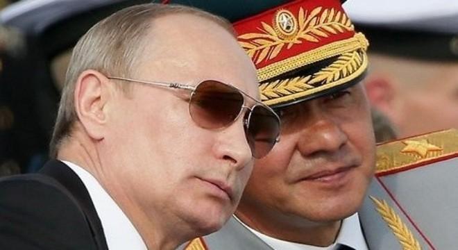 Hai nhân vật quyền lực của nước Nga luôn sát cánh bên nhau