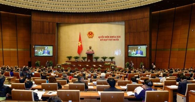 Quốc hội thông qua Nghị quyết khoán xe công với một số chức danh. Anh Minh Huệ