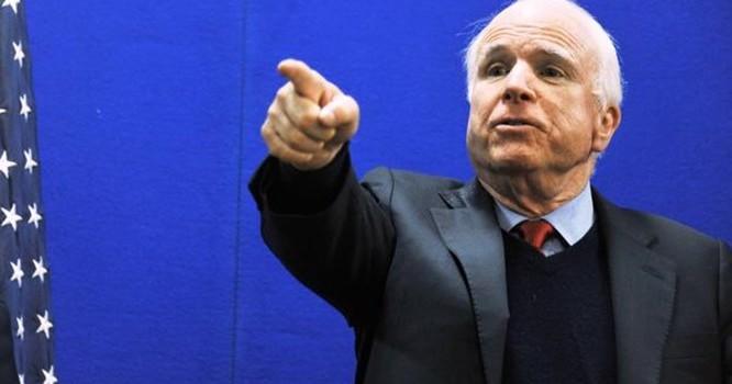Ông John McCain