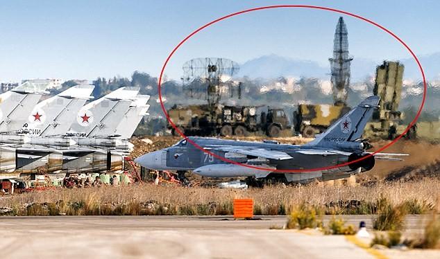 Hình ảnh được cho là hệ thống S-400 tại sân bay Latakia, Syria