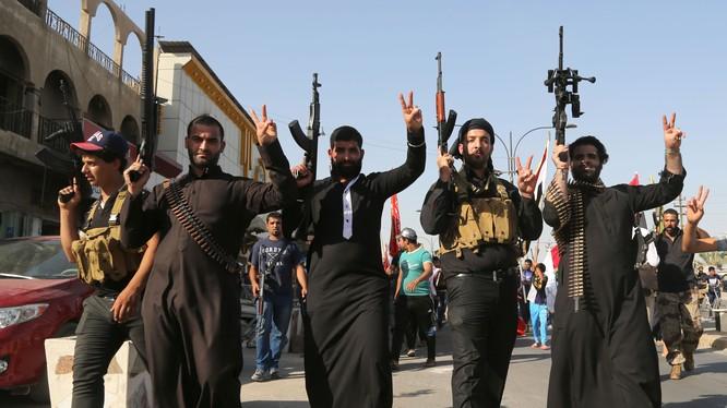 IS nhận được sự tài trợ giấu mặt từ 40 quốc gia