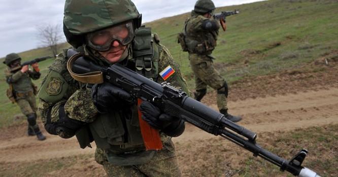 Binh sĩ Nga. Ảnh AFP 2015/ Sergey Venyavsky