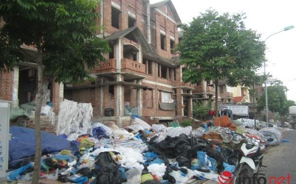 Dự án nghìn tỷ như khu ổ chuột giữa lòng Hà Nội