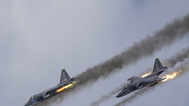 Máy bay Su-25 của Nga tấn công mục tiêu khủng bố tại Syria